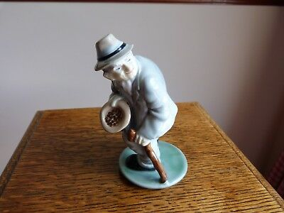 Wade Irish Song Figure By William Harper Little Crooked Paddy 1960's (Perfect)