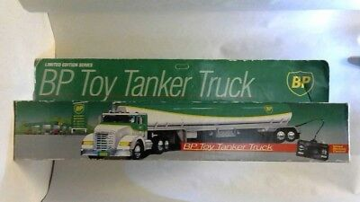 1992 BP SUPER Toy Tanker Truck Remote Controlled Limited EDITION NEW