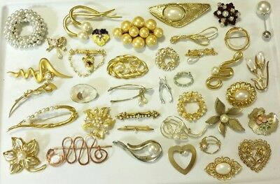 Huge LOT of 38 Antique VINTAGE Faux-Pearl & Crystal Pins BROOCHES GORGEOUS! EVC!