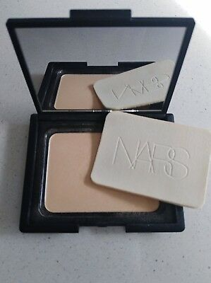 Nars Venus Highlighter in mirror compact