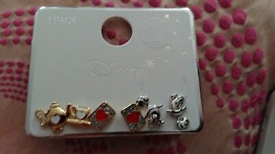 Alice in wonderland earring set from primark