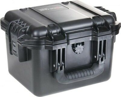 PELICAN 2075 Case with Pick and Pluck foam interior