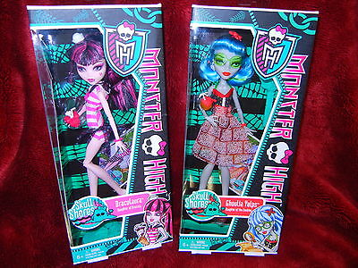 "2 Monster High Dolls ""DRACULAURA  & GHOULIA  YELPS* Skull Shores *"