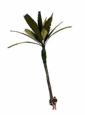 1/100 Realistic Palm Tree. 12 Cm. Height. Tpa-012