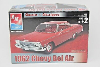 AMT 1962 Chevy Bel Air Model Car 1:25 Scale