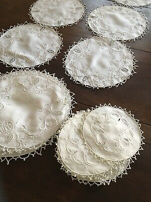 22 Stunning Italian Linen Figural Lace Underplate Doilies & Coasters