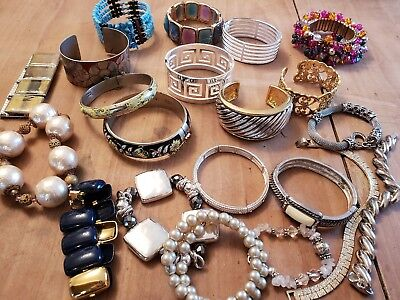 Mixed lot of vintage bracelets costume jewelry bangle metal stone