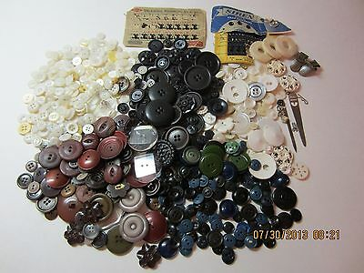 Vintage Antique Mixed Button Lot & Sewing Notions 550+ Very Old Various Types