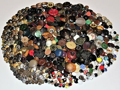 720 Piece Lot of Antique and Vintage Sewing Buttons