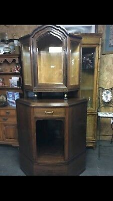 Antique Corner Cabinet With Lock And Skeleton Key