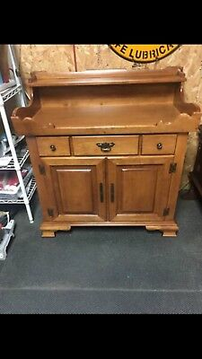 Young  Republic Tell City Chair Company Dry Sink Hard Rock Andover Maple