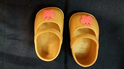 Dolls Shoes - Brown with Pink butterfly - Fisher Price - 8.5 x 3.5 cm
