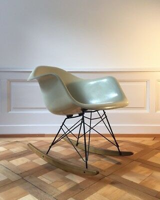 Eames Rocking Chair, Rar