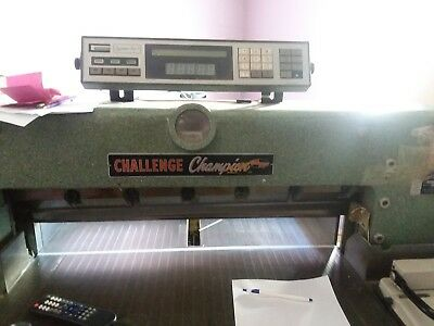 Challenger Paper Cutter From Printing Company 30.5 '' with auto back stop