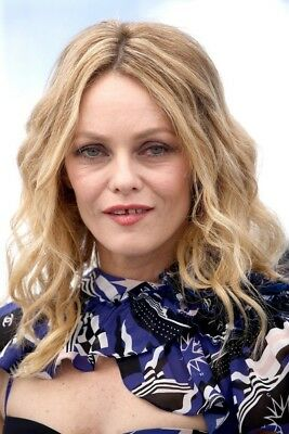 VANESSA PARADIS  ~ festival CANNES 2018 -  PHOTO 10X15 - Marches et Photocall 10