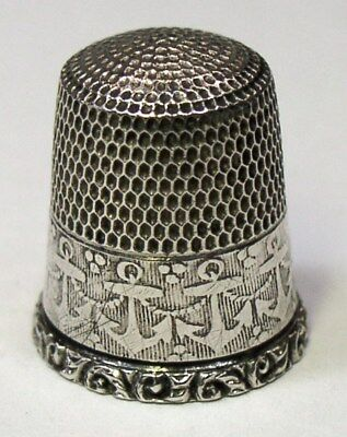 Vintage Simons Bros. Sterling Silver Thimble Anchors & Chain Reeded Background