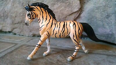 Custom Breyer Stablemate G3 Cantering Warmblood Mare to Big Cat Tigress
