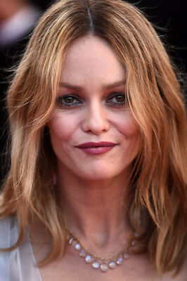 Vanessa Paradis  - Photo 10X15 - 010