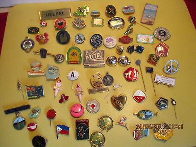 Out Of Shed 60 Badges Assorted