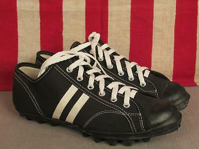 Vintage 1980s Converse Black Canvas Athletic Shoes Sneakers Turf Sz.10 NOS New