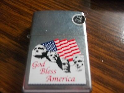 Zippo Lighter, Mount Rushmore and Flag, 2002 Never used