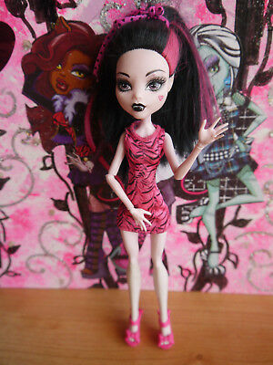 Monster High Puppe Draculaura - Aus Draculocker