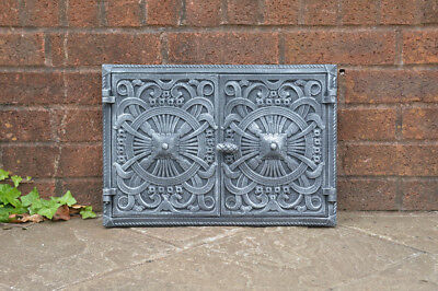 45 x 31.5 cm cast iron fire door clay / bread oven doors pizza stove fireplace