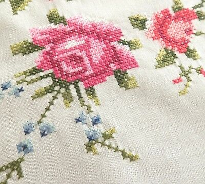 """Large round hand embroidered tablecloth +8napkins 1960s UNUSED 67"""" cross stitch"""