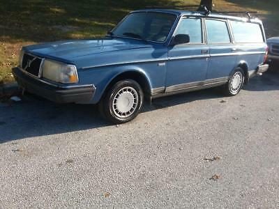 Volvo 240  1989 Volvo 240 GL Wagon 5spd Manual Low Miles