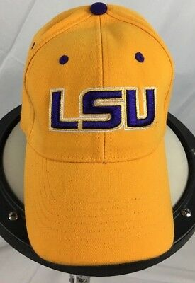 3e56f94423f LSU (TIGERS) NEW Era 3930 Flex Fit Hat (M l) Nwt  30 White W purple ...