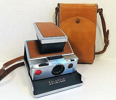 Vintage Polaroid SX-70 Collapsible Land Camera and Leather Case Excellent Cond.