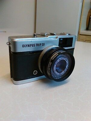 1960/70's Olympus Trip 35 Compact Camera (741)