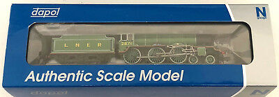 N Gauge Dapol 2S-020-003 Lner B17 'manchester City' Apple Green