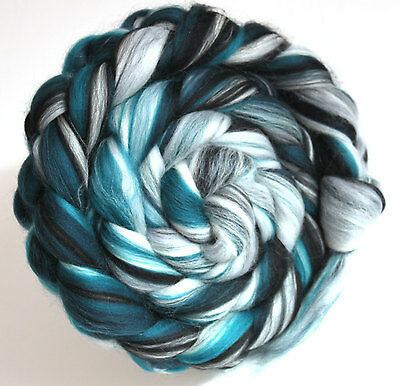 Merino Wool Silk Blend Combed Top Roving Spearmint 100g Felt Spin yarn