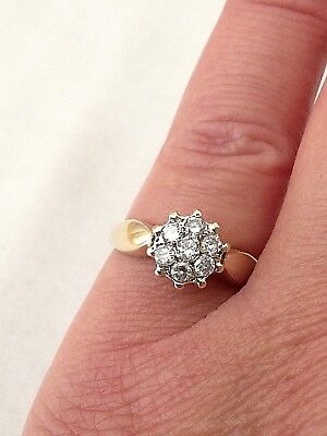 Beautiful Vintage 9ct Gold Diamond Ring , Daisy Ring  VERY SMALL SIZE J (16MM)