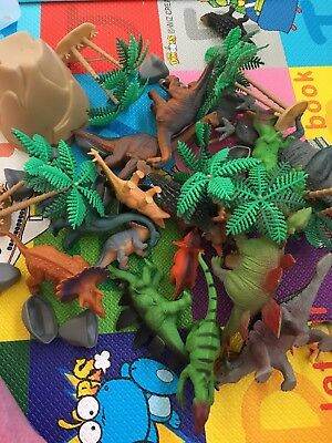 Animal Planet Big Tub of Dinosaurs - 100% Complete In Excellent Condition