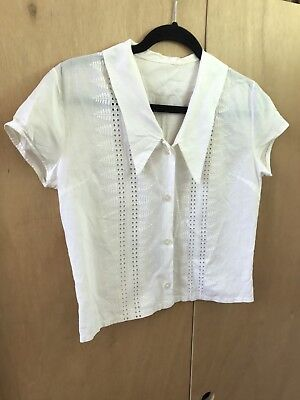 Vintage embroidered white 50s button up collar blouse size s / 8