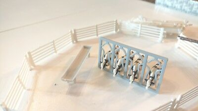 ERTL milk cows lot and extension ladder lot of 24
