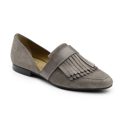 G.H. Bass & Co. Womens Harlow Genuine Leather Pointed Toe Flat Shoe with Kiltie