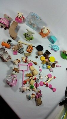 Lot Of Calico Critters Animals and accessories