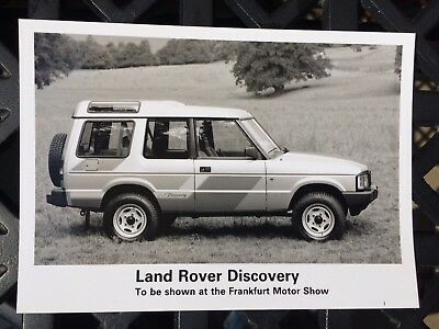 Land Rover Discovery 3 door Launch Press Pack Photo V8?