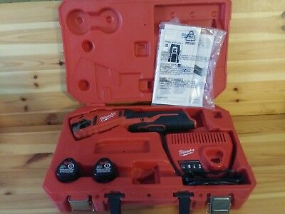 Milwaukee Cordless Copper Cutter 12 Volt Battery & Case Included Model #2470-21