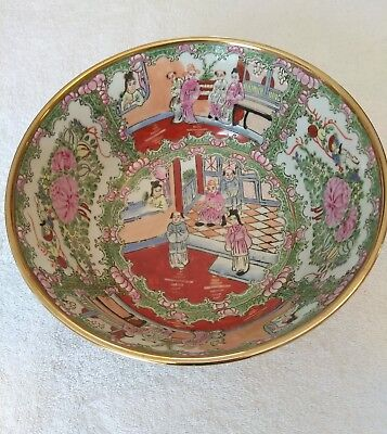 Vintage Chinese Famille Rose Medallion Decorative Footed Bowl