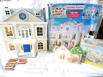 Sylvanian Families Grand Hotel With Forest Nursery
