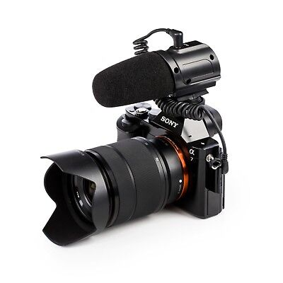 Saramonic DSLR Camera Microphone with Cold Shoe Mount and Foam Windshield