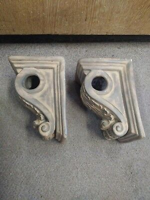 "Pair of 10"" tall corbels canthus drape/rod pole holders"