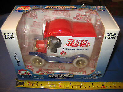 New Limited Edition Pepsi Cola Gearbox Die Cast 1912 Ford Delivery Car Coin Bank