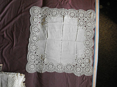 #1089  Beautiful Vintage Hand Made Linen Tablecloth  96cm/92cm(38''x36'')