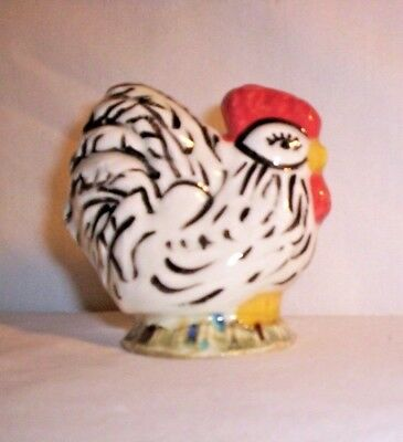 Chicken H242  -T250CRB  Ceramic Black / White Rooster Pie Bird