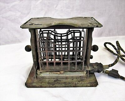 Antique Toaster 1920s Torrid Beardsley & Wolcott with fabric cord Works